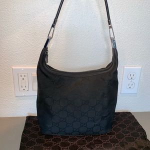 Authentic Gucci shoulder tote hobo purse signature